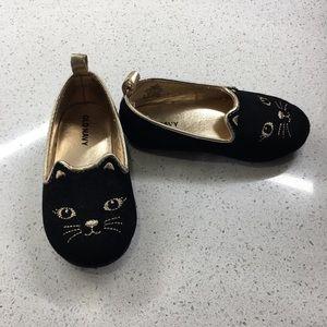 Old Navy Toddler size 6 shoe